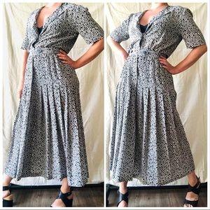 VTG 80s B&W Floral Shirtwaist Box Pleat Midi Dress